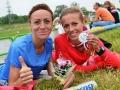 Dominika Nowakowska z koleżanką z biegowego teamu, Martą Krawczyńską, Mistrzynią Polski na 10000m